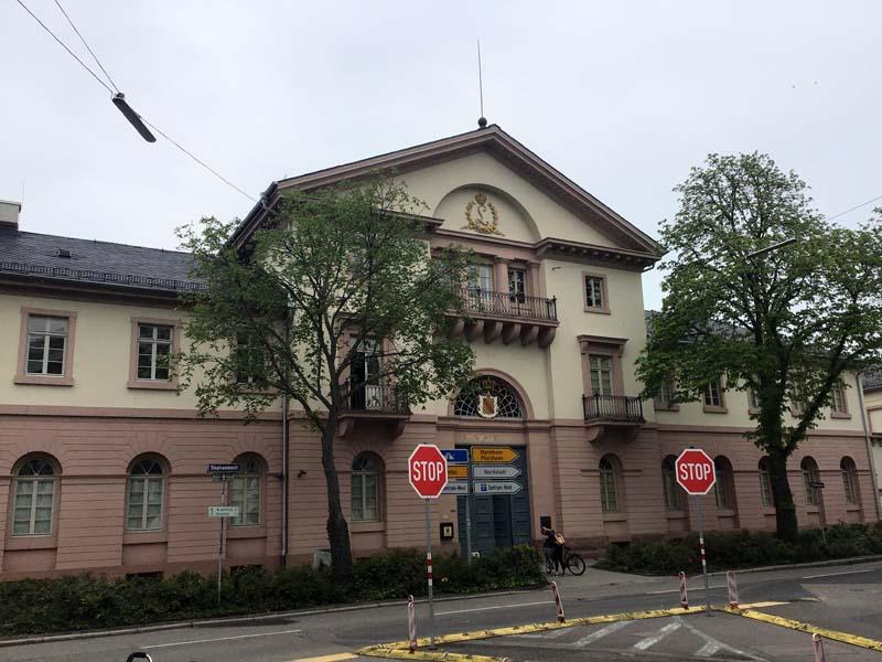 Außenansicht Münzprägestätte Karlsruhe